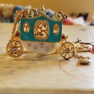 NWT BETSY JOHNSON Cinderella Carriage Necklace